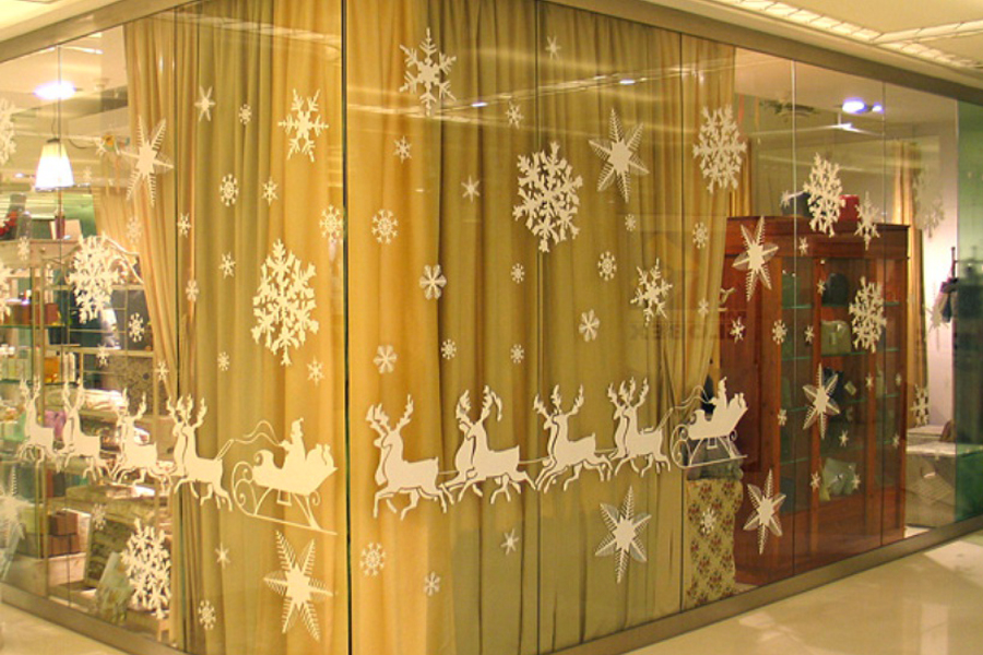 Декоративное оформление витрины